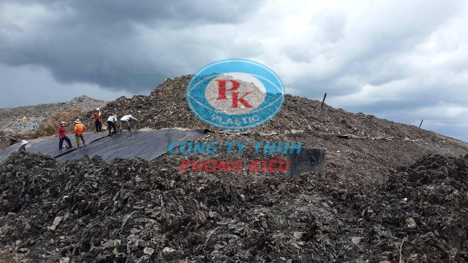 màng chống thấm HDPE trong các bãi rác công nghiệp